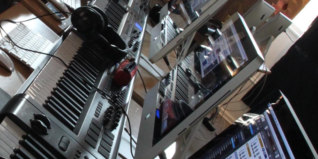 big brain audio audio production workshop: view of workstations